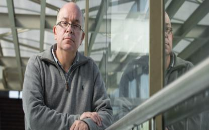 Prof. Bernardo Caicedo recibe premio del instituto de Ingenieros Civiles de Reino Unido
